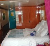 Norwegian Jewel Mini-Suite Bedroom